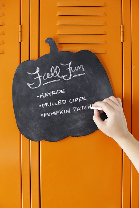 Fall Crafts - Pumpkin Chalkboard