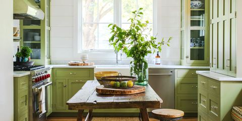 Kitchen Decor:Traditional Kitchen Design For Small Space Evergreen And  Classic Small Space Kitchen Decor