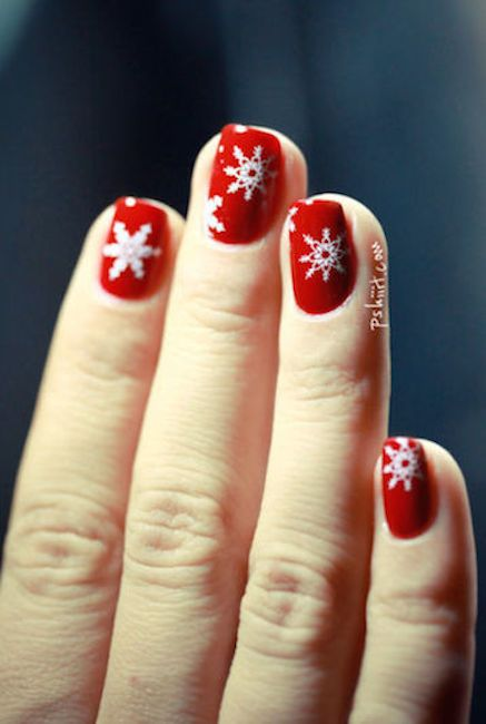 40 Festive Christmas Nail Art Ideas Easy Designs For Holiday Nails
