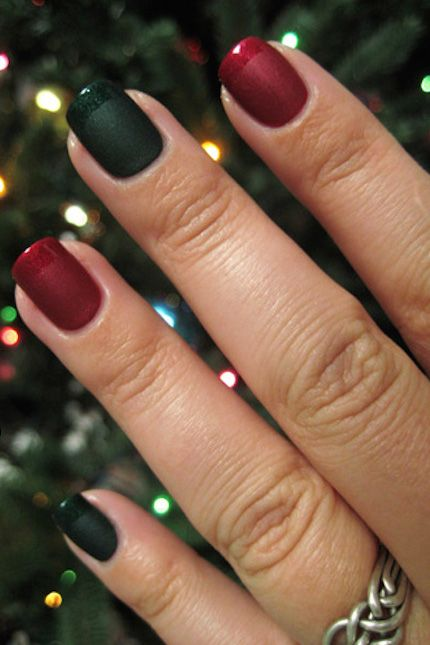 45 Festive Christmas Nail Art Ideas , Easy Designs for