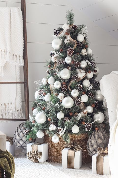 White Christmas Tree Design.42 Unique Christmas Tree Decorations 2019 Ideas For