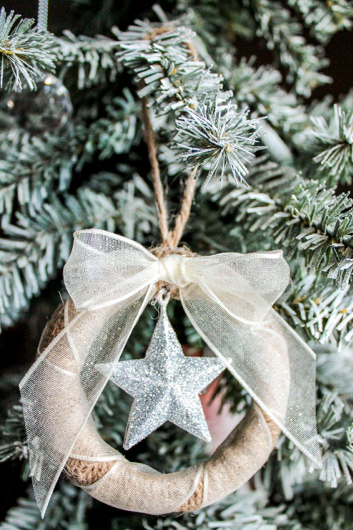 35 Trash To Treasure Christmas Crafts Diy Holiday Decorations Net Tree Lights Wiring Diagram