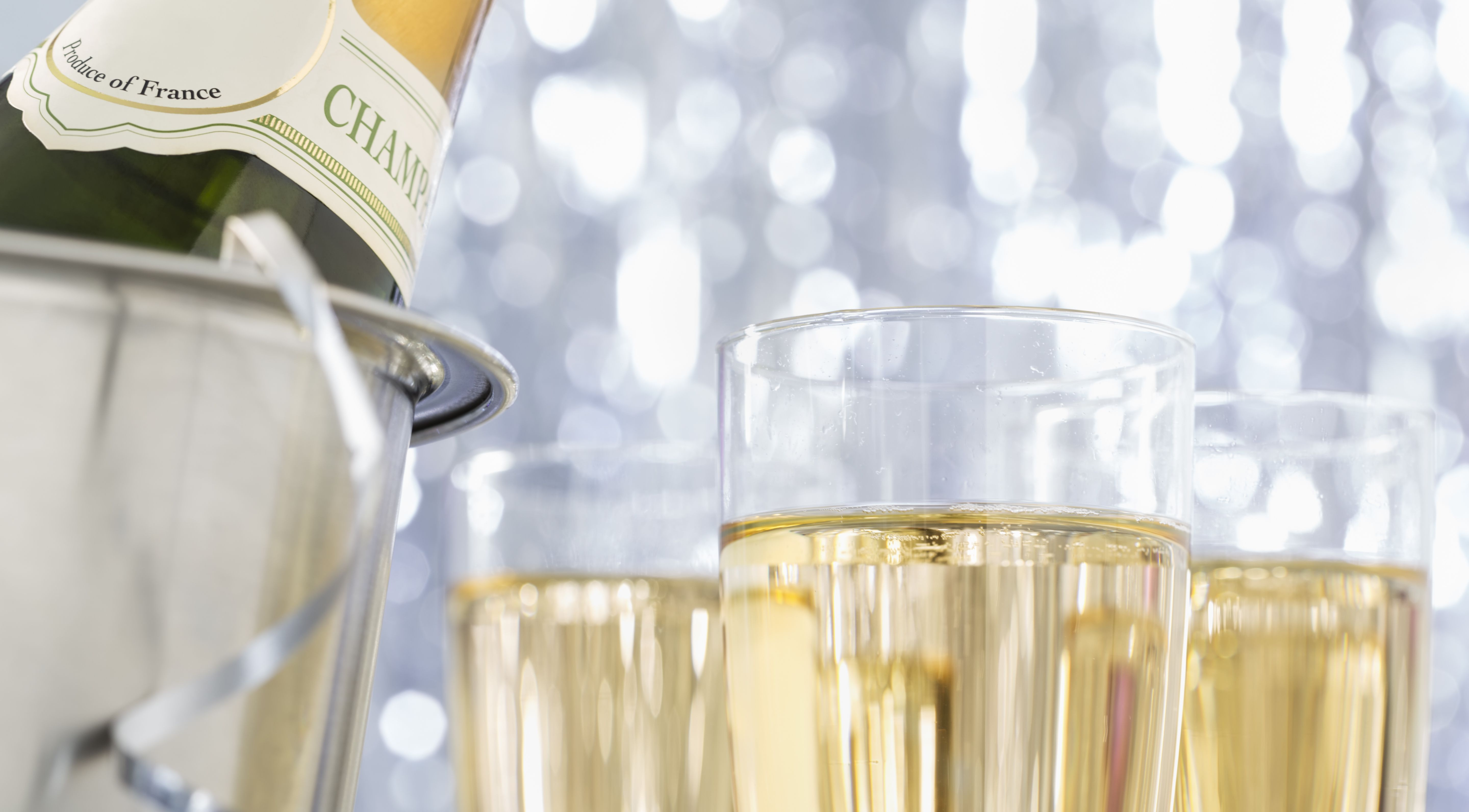How To Uncork Champagne Safely A Bottle Body Foam