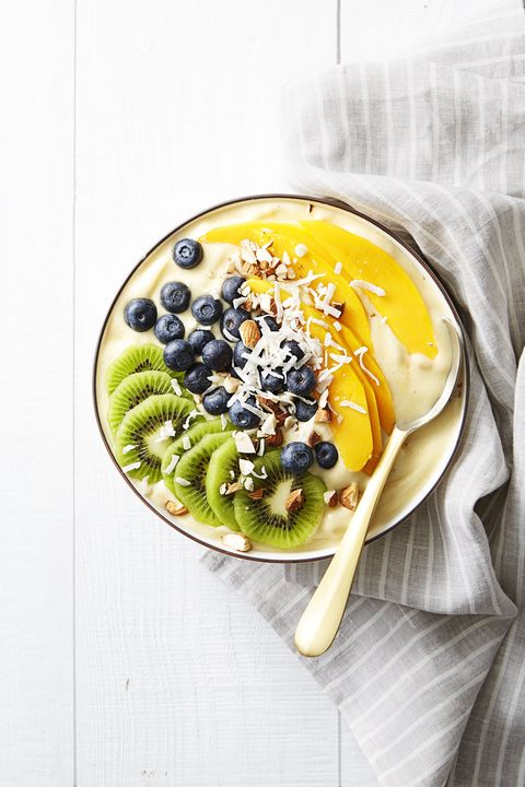 Tropical Smoothie Bowl - Easy Healthy Breakfasts
