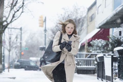 Winter, Freezing, Jacket, Bag, Snow, Street fashion, Precipitation, Winter storm, Fur, Top,