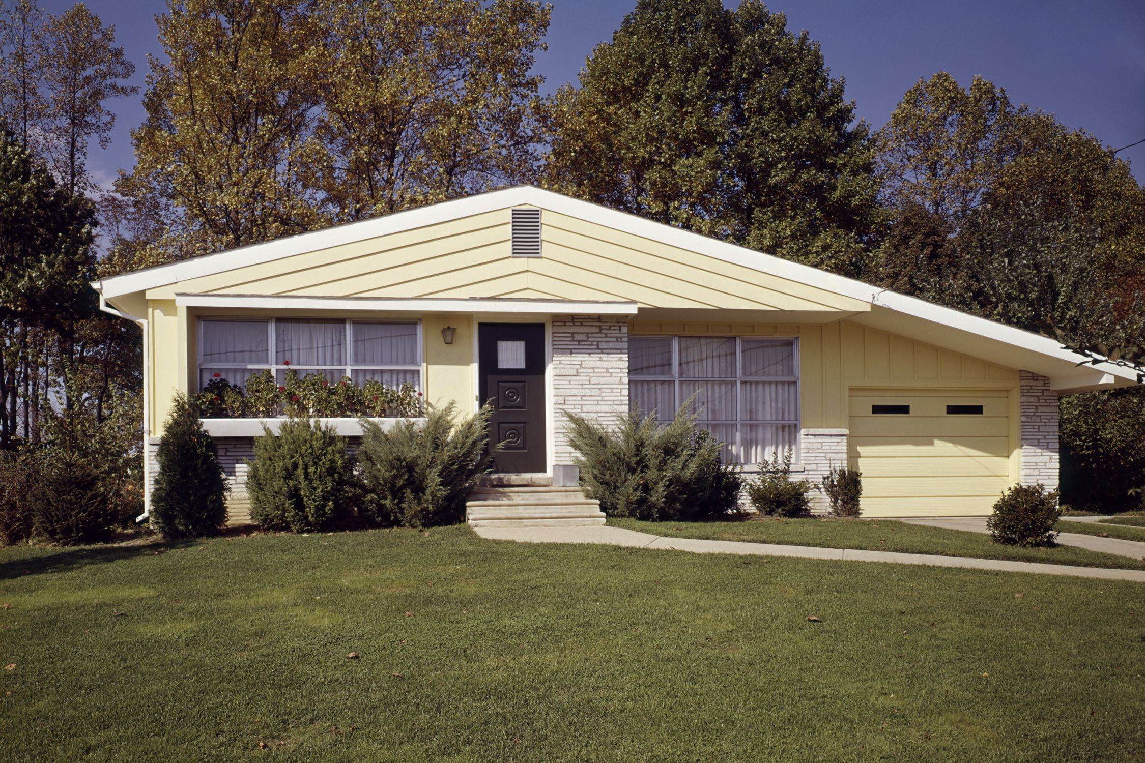 Home Exterior Trends   How Home Exterior Trends Have Evolved Through The  Decades