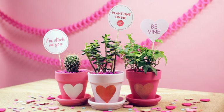20 Easy Valentine\'s Day Crafts - DIY Decorations for Valentine\'s Day