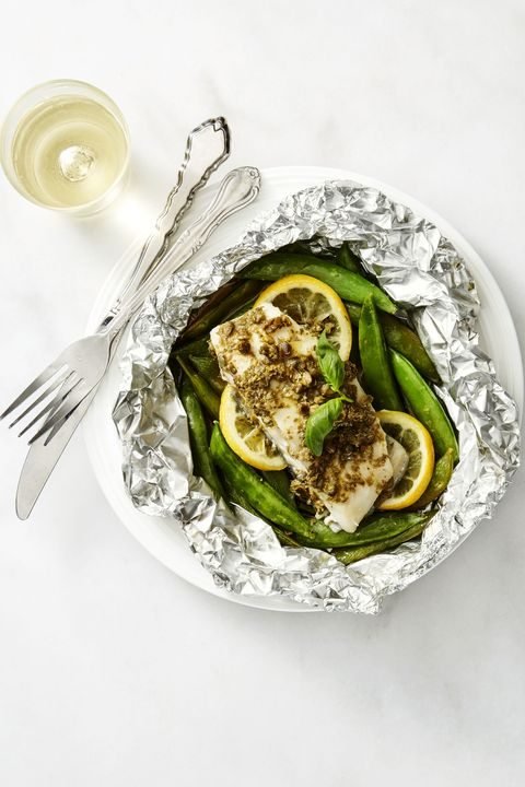 Low Calorie Meals Fish Packets with Caper Butter and Snap Peas