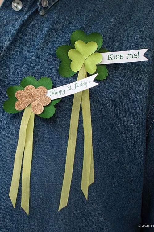 St Irish Kisses /& Shamrock Wishes Wooden Sign Patrick/'s Day 6 Color Combos!