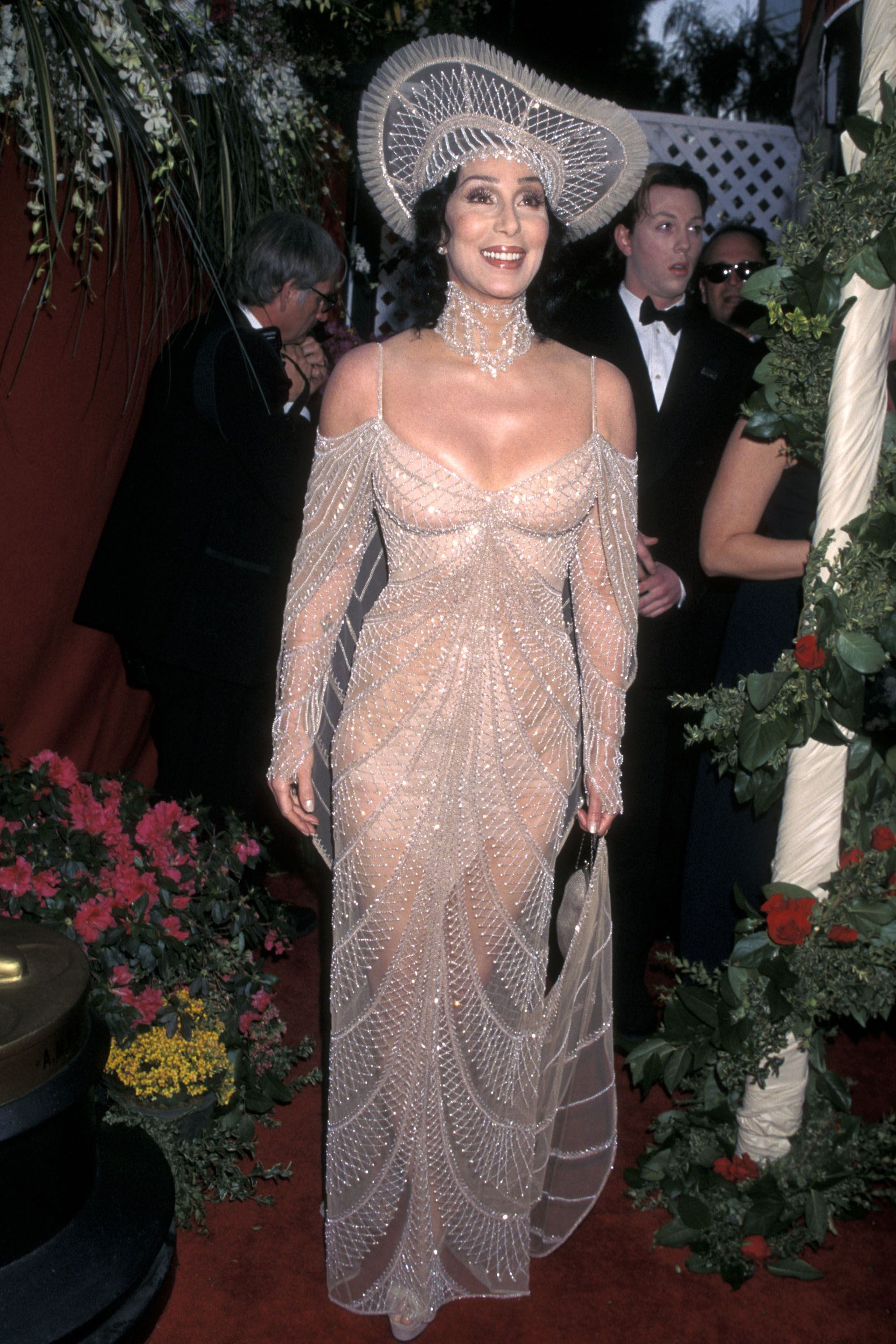 30+ Scandalous Oscars Dresses of All Time - Best and Worst Gowns at the  Academy Awards
