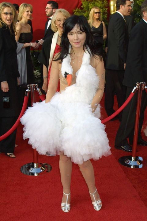 36 Most Scandalous Oscars Dresses of All Time - Best and Worst Gowns ...