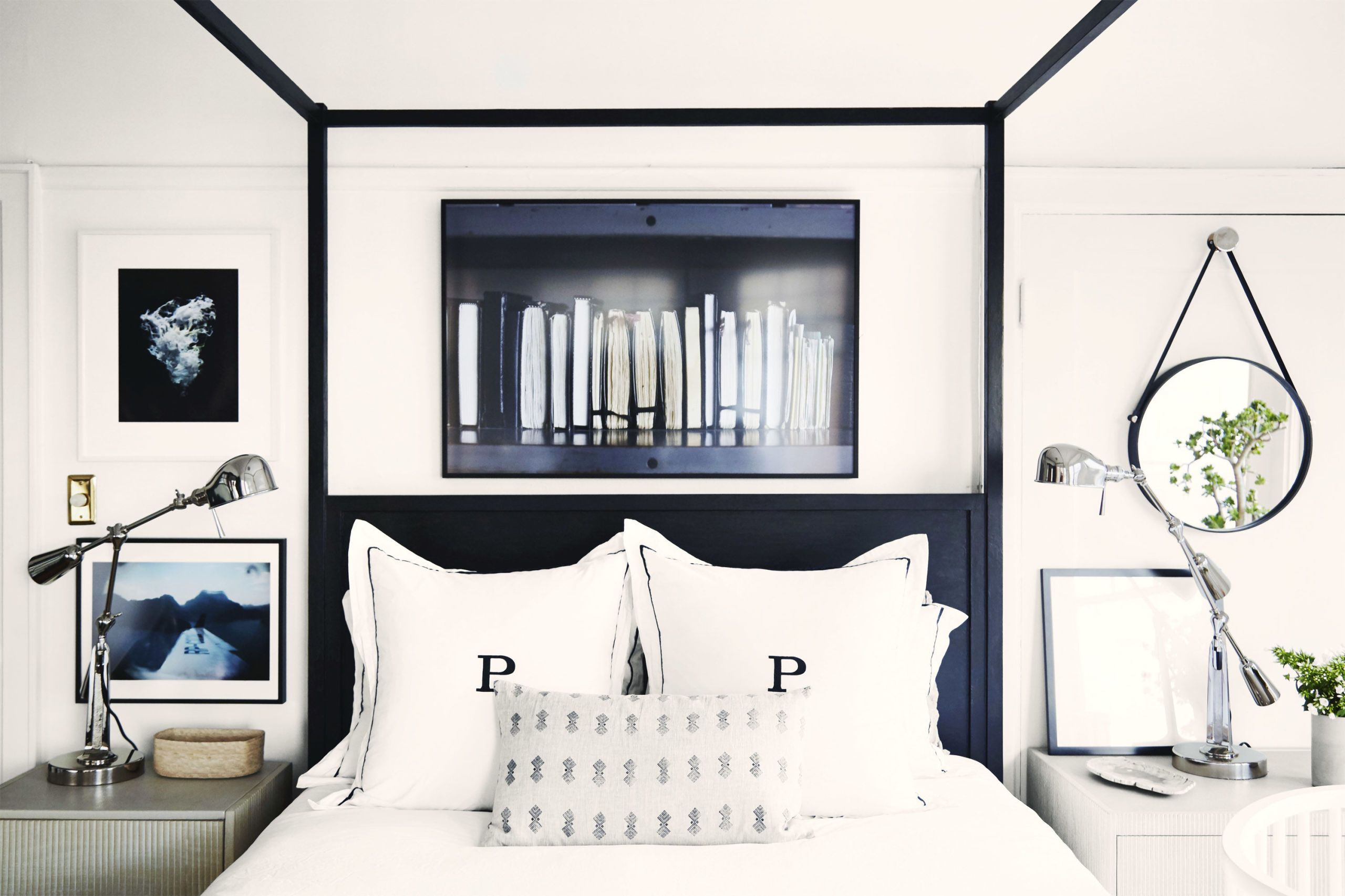65 bedroom decorating ideas how to design a master bedroom rh goodhousekeeping com