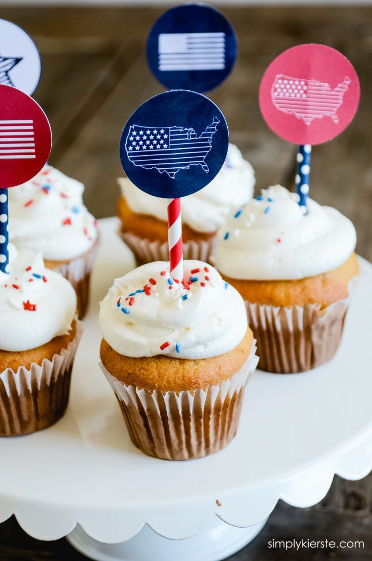 15+ Cute 4th of July Cupcake Ideas - Easy Recipes for Fourth of July Patriotic Backyard Bbq Decorating Ideas Html on backyard barbecue decor ideas, backyard movie diy, backyard bbq food table decorating, backyard bbq wedding ideas, backyard barbeque pool party,