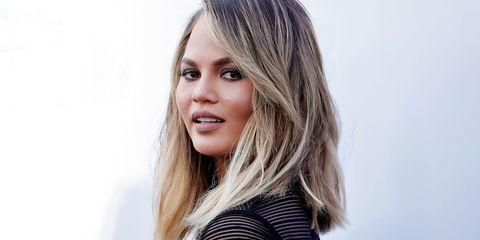 Hair, Face, Blond, Hairstyle, Eyebrow, Layered hair, Beauty, Long hair, Nose, Chin,