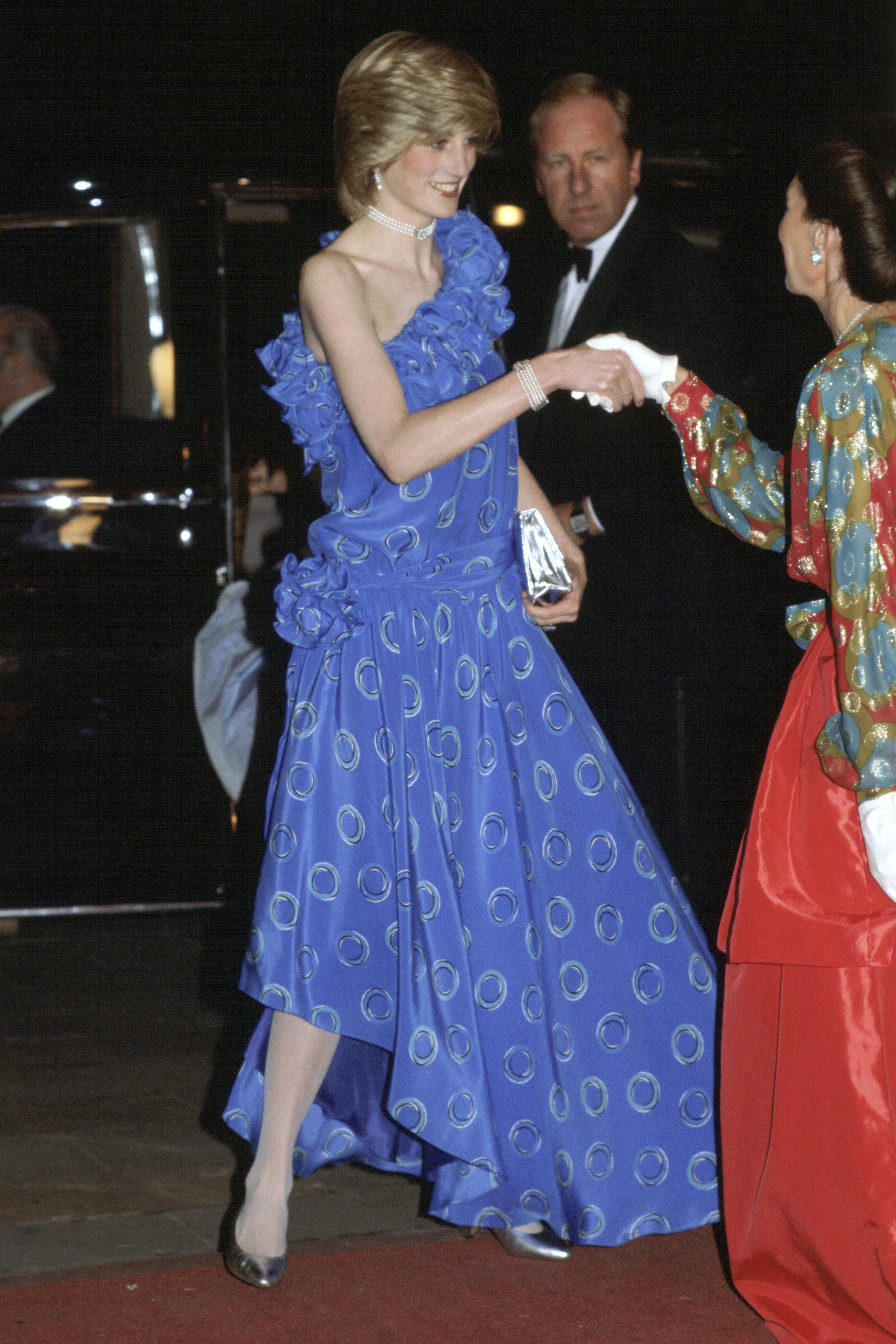 Princess Diana S 50 Best Dresses Royal Family Fashion