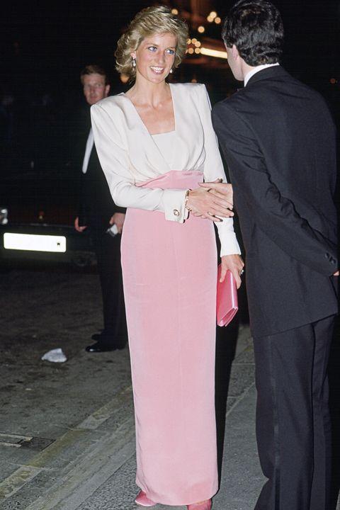 fd0f906e46 Princess Diana s 40 Best Dresses - Royal Family Fashion