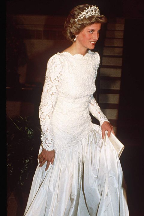 301b9c3269 WASHINGTON, UNITED STATES - NOVEMBER 11: Princess Diana At A Dinner In  Washington Dc