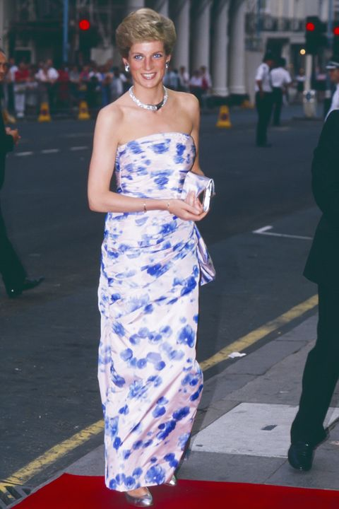 LONDON,  UNITED KINGDOM  JULY  6   Diana Princess of Wales attends the Premiere of  Farewell to the King, in London's West End, on July 6, 1989  in London, United Kingdom. (Photo by Julian Parker/UK Press via Getty Images)