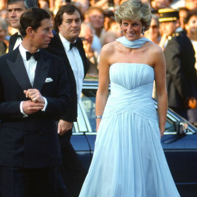 princess diana s 50 best dresses royal family fashion princess diana s 50 best dresses