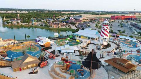 New all-inclusive water park is first of its kind for people with disabilities