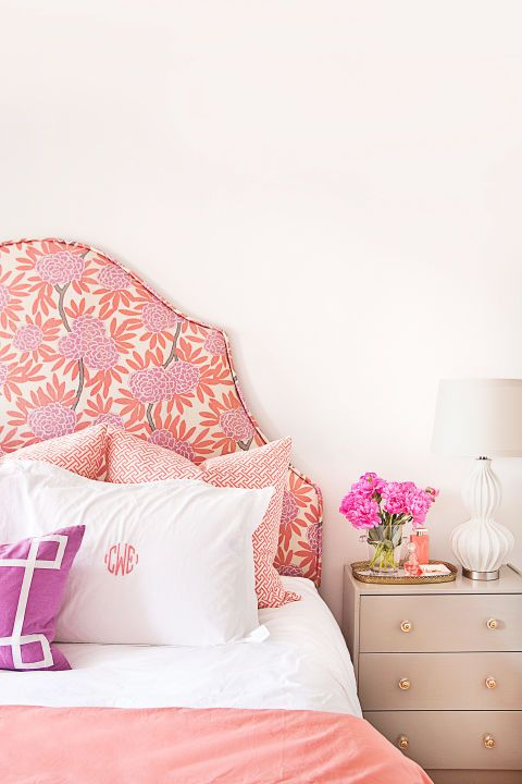 26 Cheap Bedroom Makeover Ideas - DIY Master Bedroom Decor on a Budget