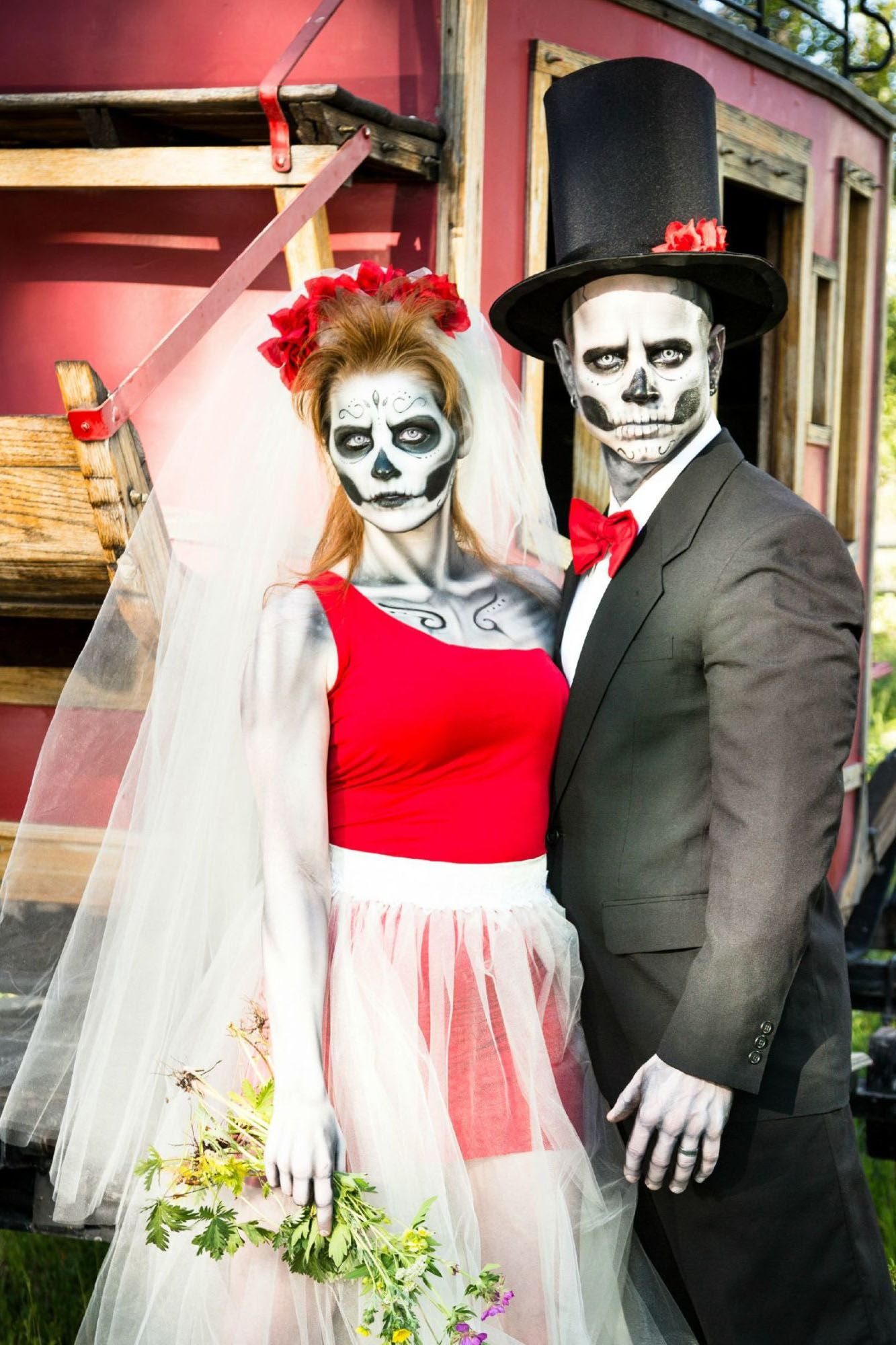 50 cute halloween costumes for couples 2018 best matching couples costume ideas