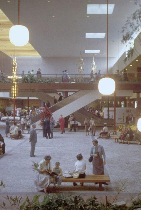 centre commercial dans les années 50