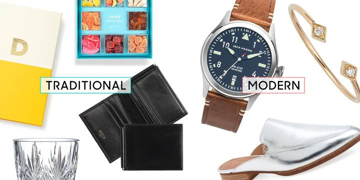 Best Anniversary Gifts By Year Modern And Traditional Wedding