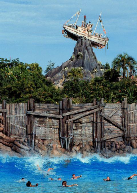 Wood, Tourism, Leisure, Fluid, Aqua, Vacation, Azure, Nonbuilding structure, Wave, Water park,