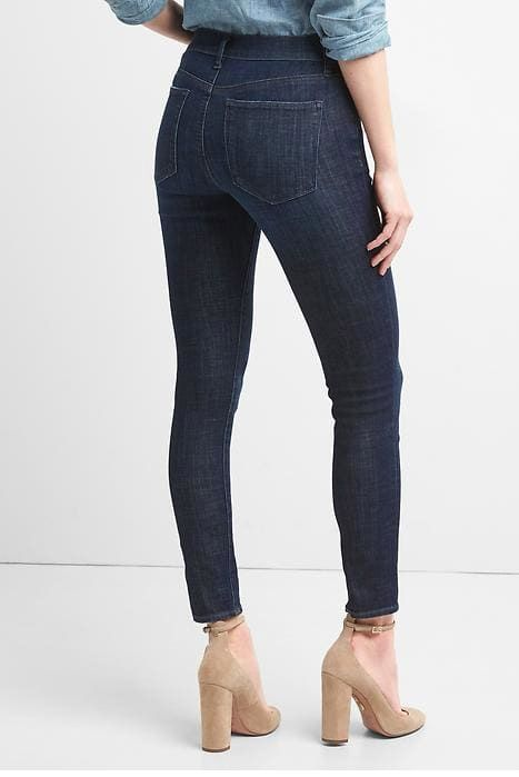 Best Jeans For Women With Curves