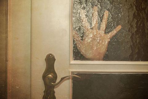hand at door