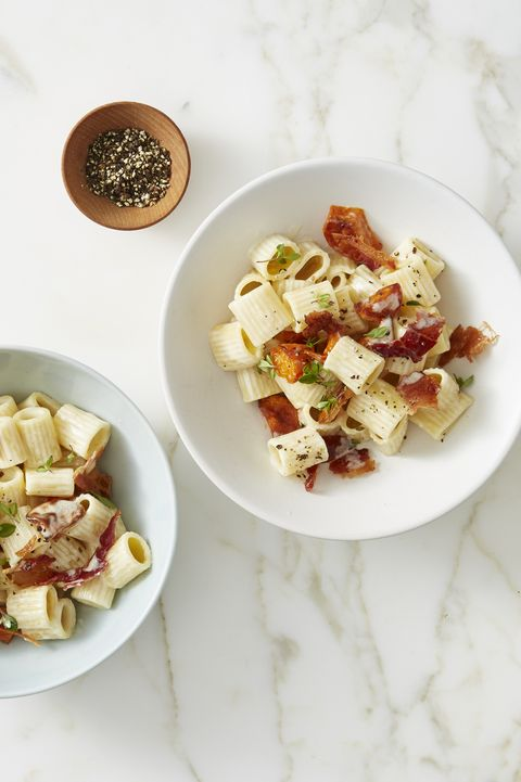 shortcut mac 'n' cheese with crispy bacon and sweet potaotes
