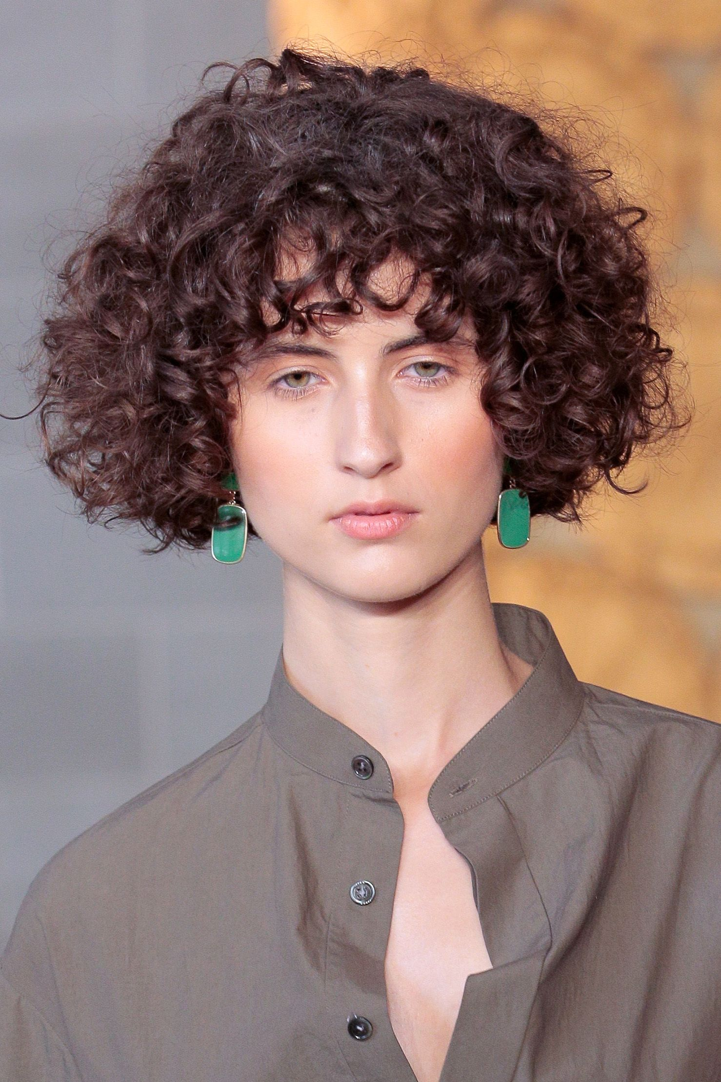 19 Celebrity Short Curly Hair Ideas - Short Haircuts and Hairstyles ...
