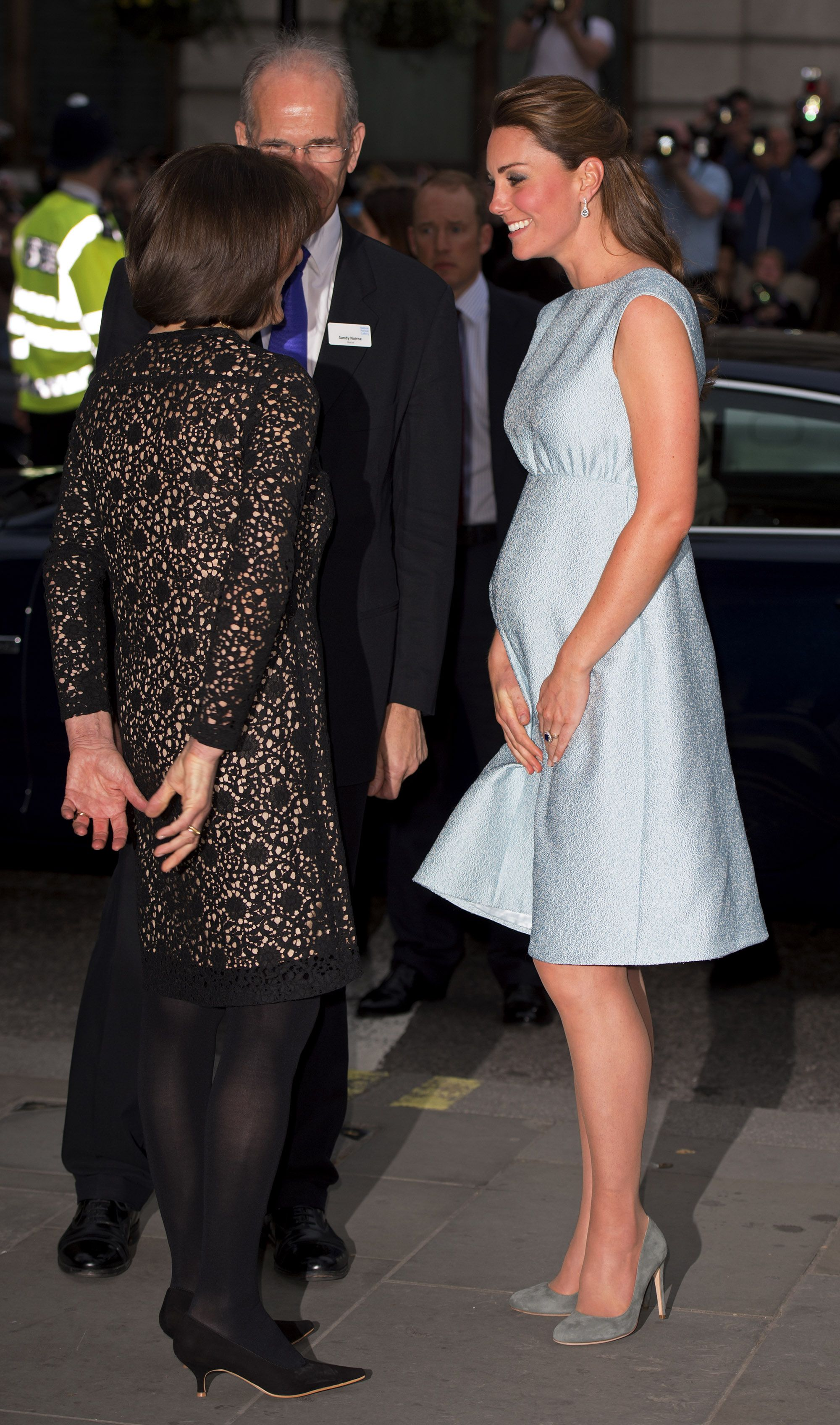 ab980110468 50 Best Kate Middleton Pregnant Style Looks - Princess Kate Maternity  Fashion