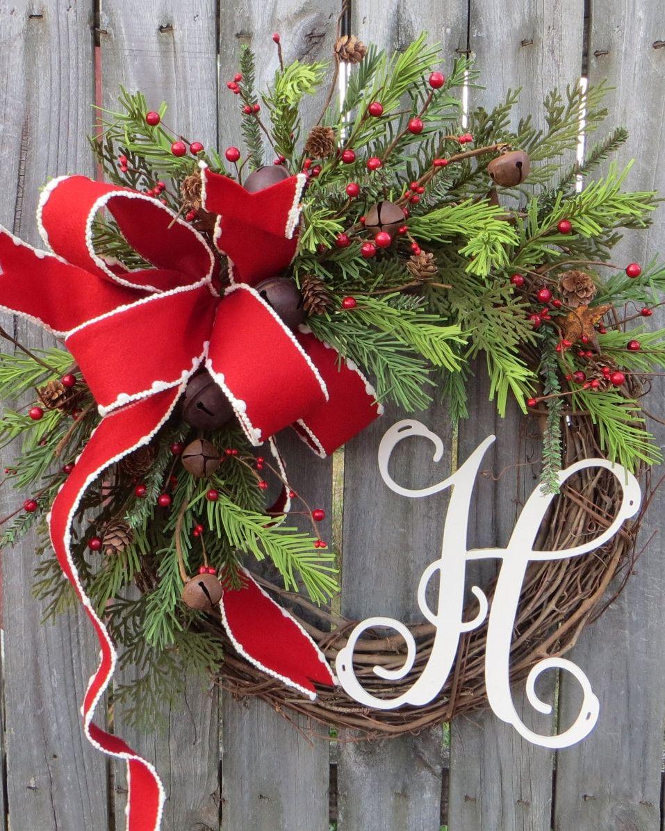 67 diy christmas wreaths how to make a holiday wreath craft solutioingenieria Gallery