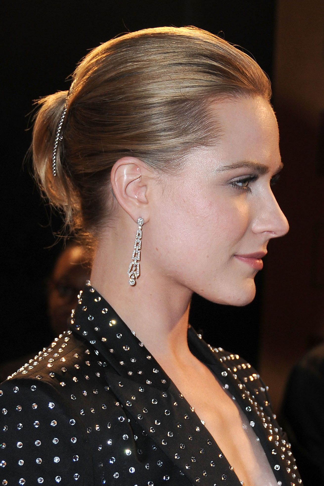 11 Easy Updos For Thin Hair Updo Hairstyle Ideas For Fine Hair