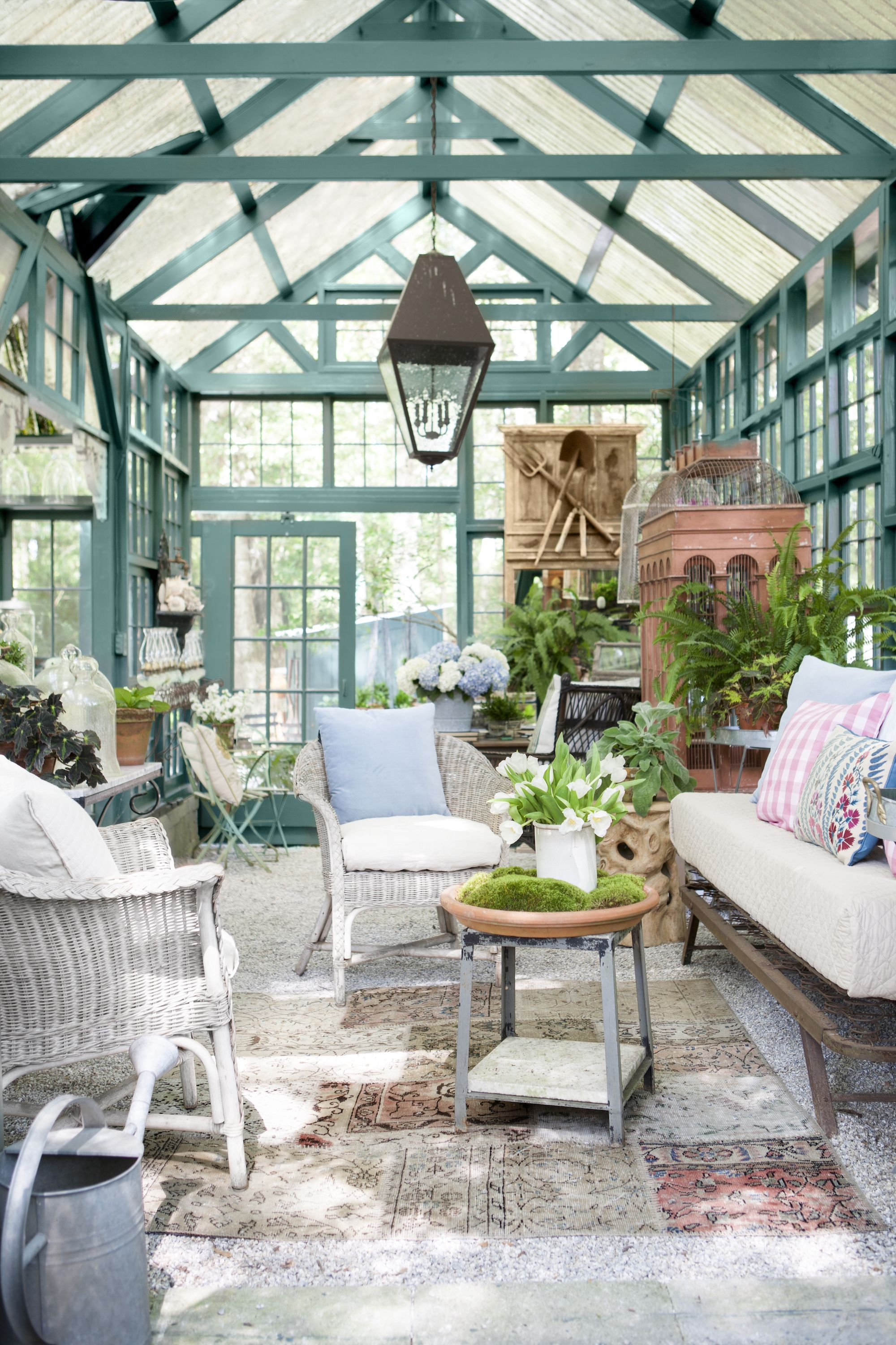 25 Sunroom Decorating Ideas - Best Designs for Sun Rooms