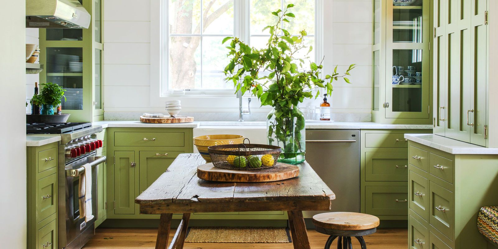 17 Colorful Kitchens That Look So Inviting