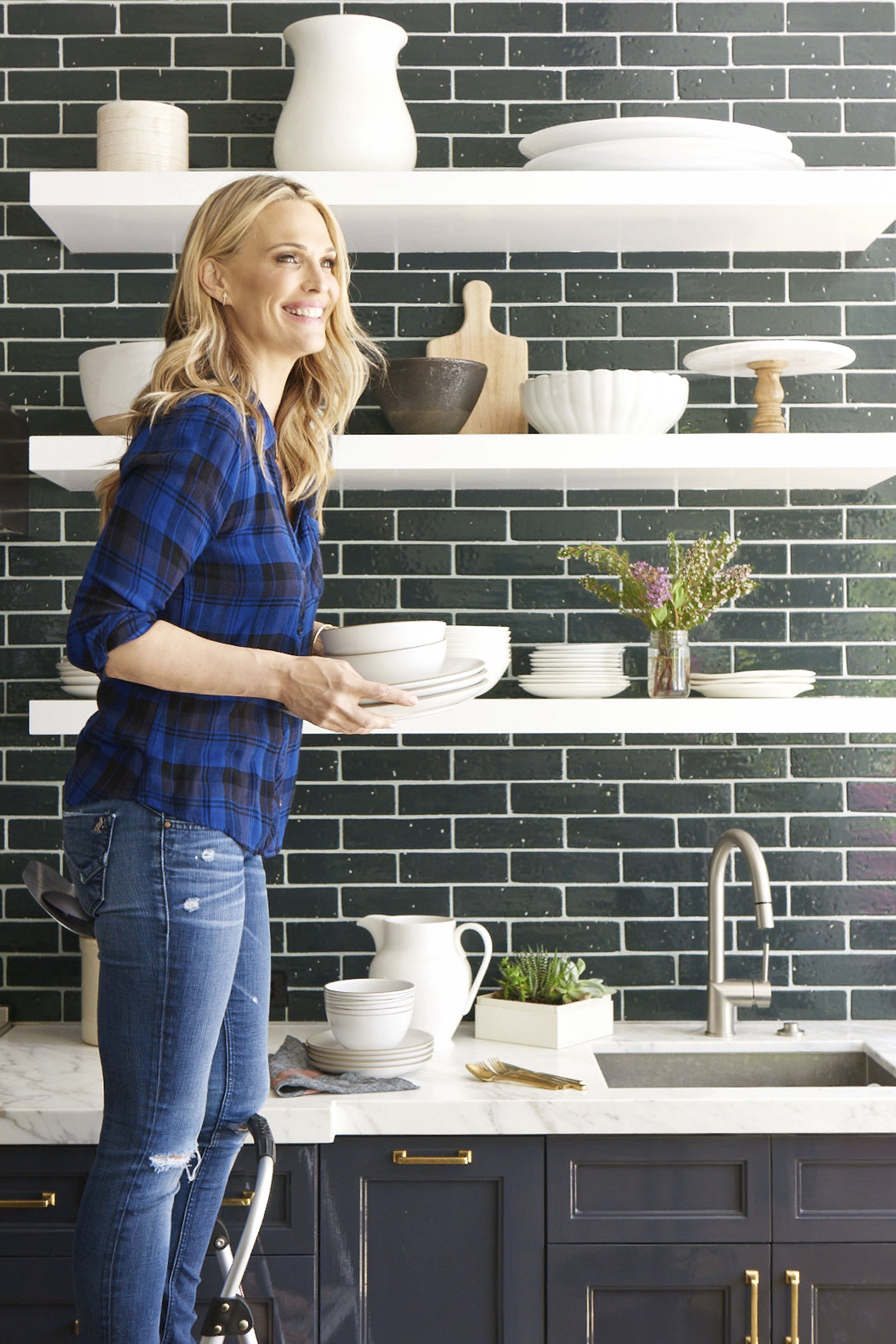 Molly Sims in kitchen