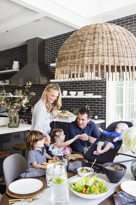Molly Sims with family