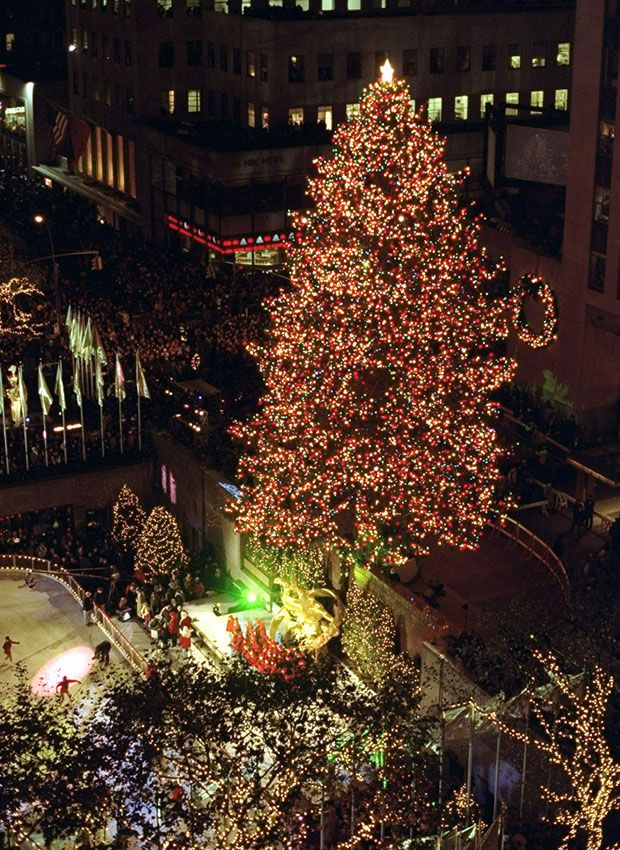 Rockefeller Center Christmas Tree Photos Through the Years - Rock Center Tree Tradition & Rockefeller Center Christmas Tree Photos Through the Years - Rock ...