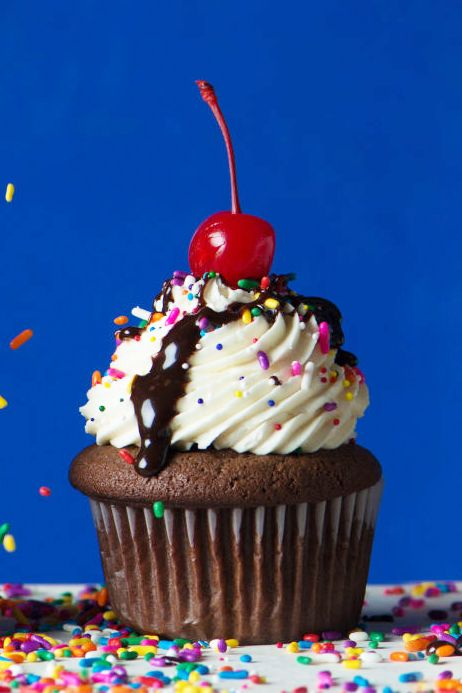 How To Make Chocolate Sundae Cupcakes - Best Chocolate Sundae Cupcake Recipe
