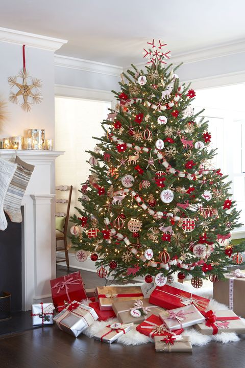 Christmas Tree Ideas - Scandinavian Christmas Tree