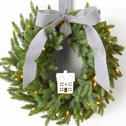 63 Diy Christmas Wreaths How To Make A Holiday Wreath Craft