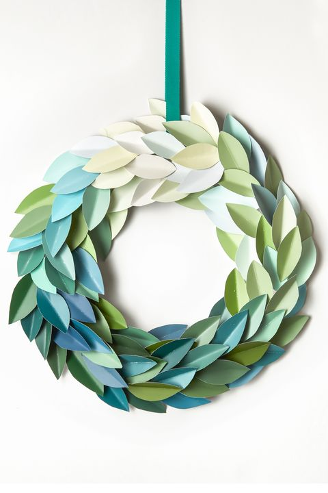 Christmas Crafts - Paint Chip Wreath
