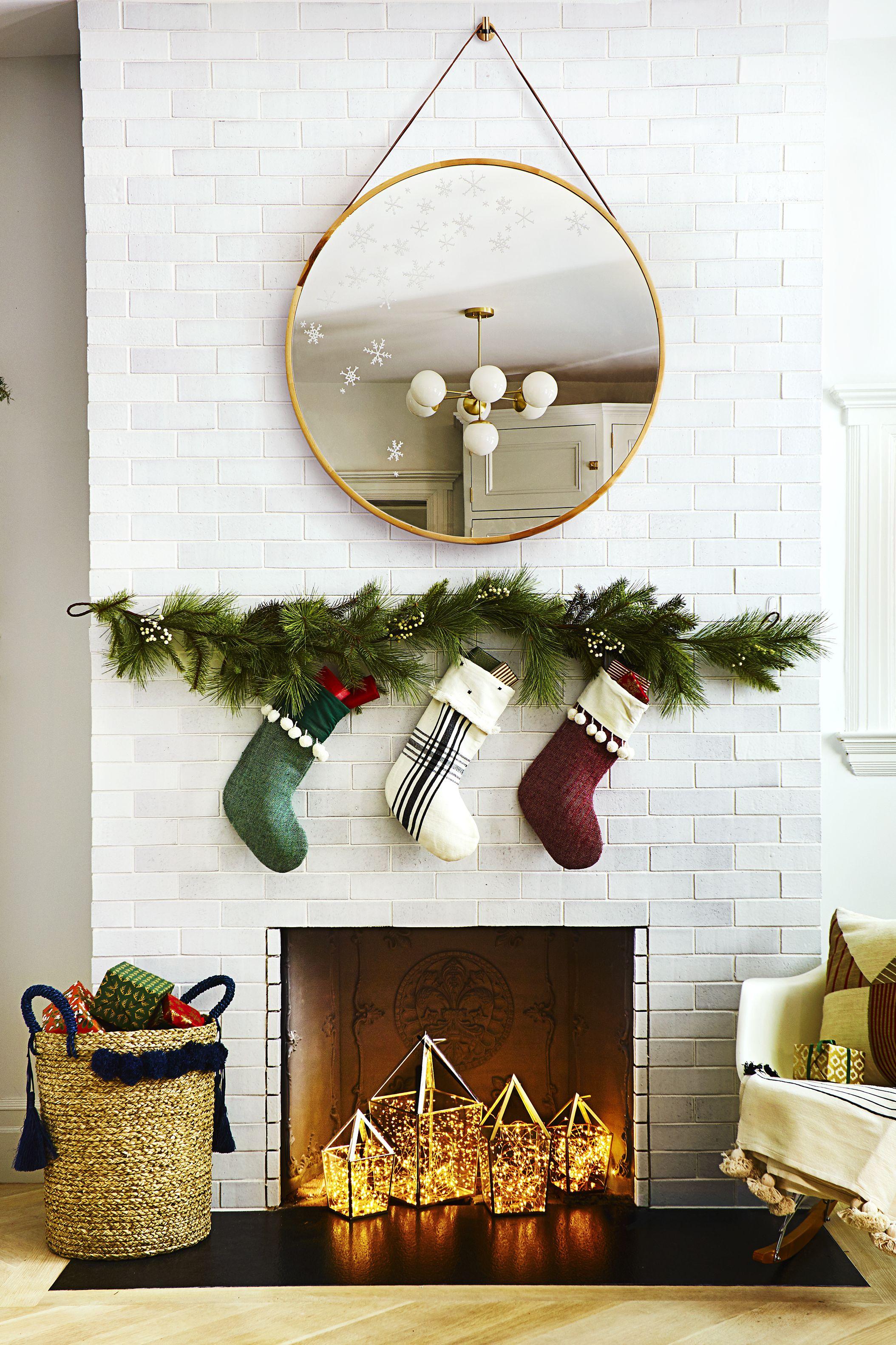 Fireplace - Christmas Decoration Ideas