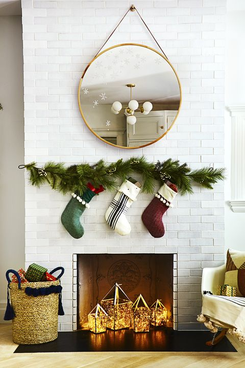 Fireplace - Christmas Decoration Ideas