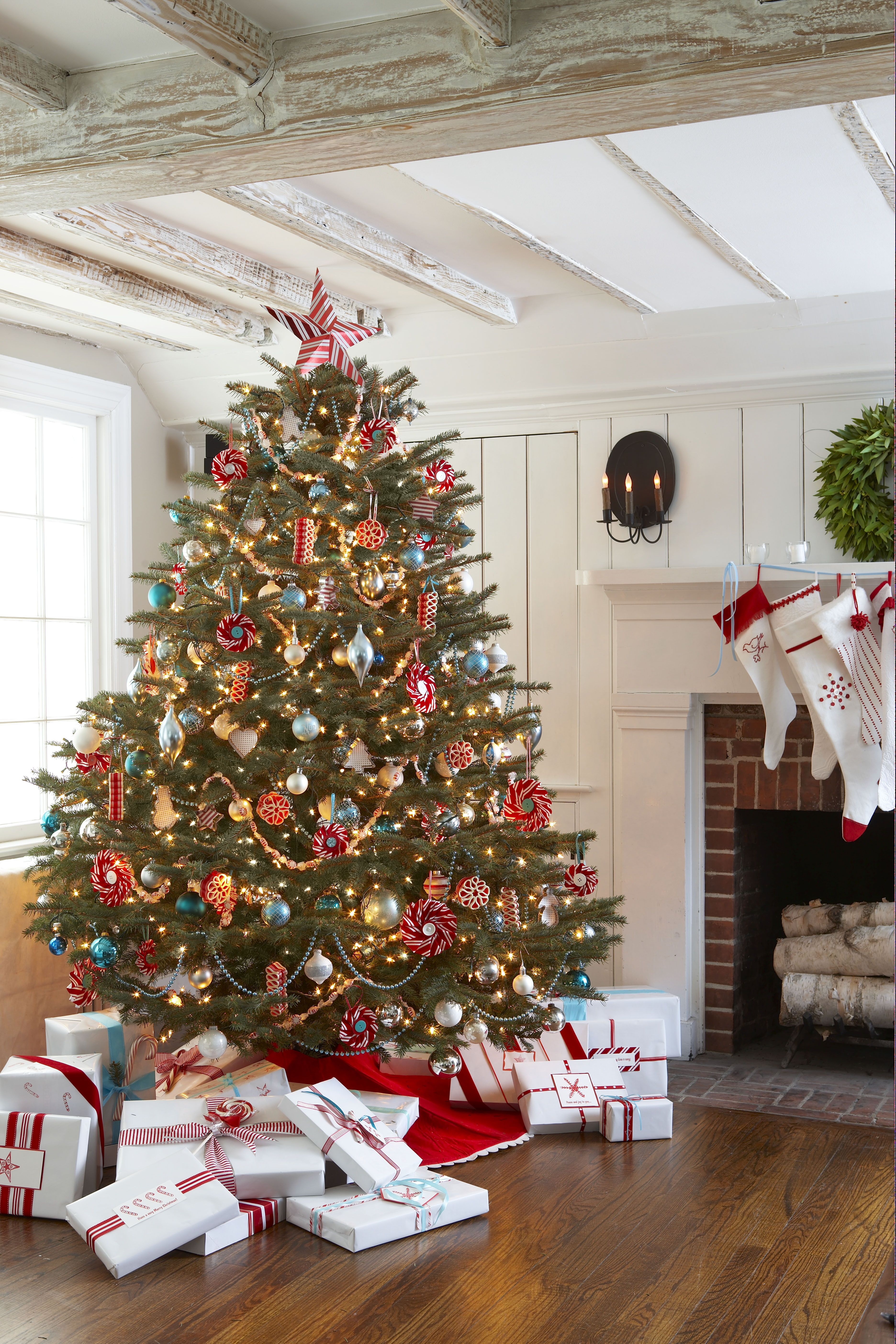 30 decorated christmas tree ideas pictures of christmas tree inspiration - Peppermint Christmas Tree