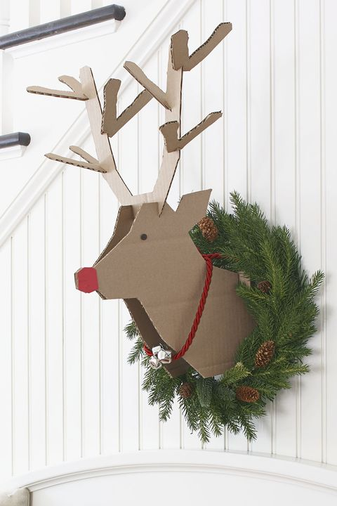 christmas wreath ideas   reindeer wreath