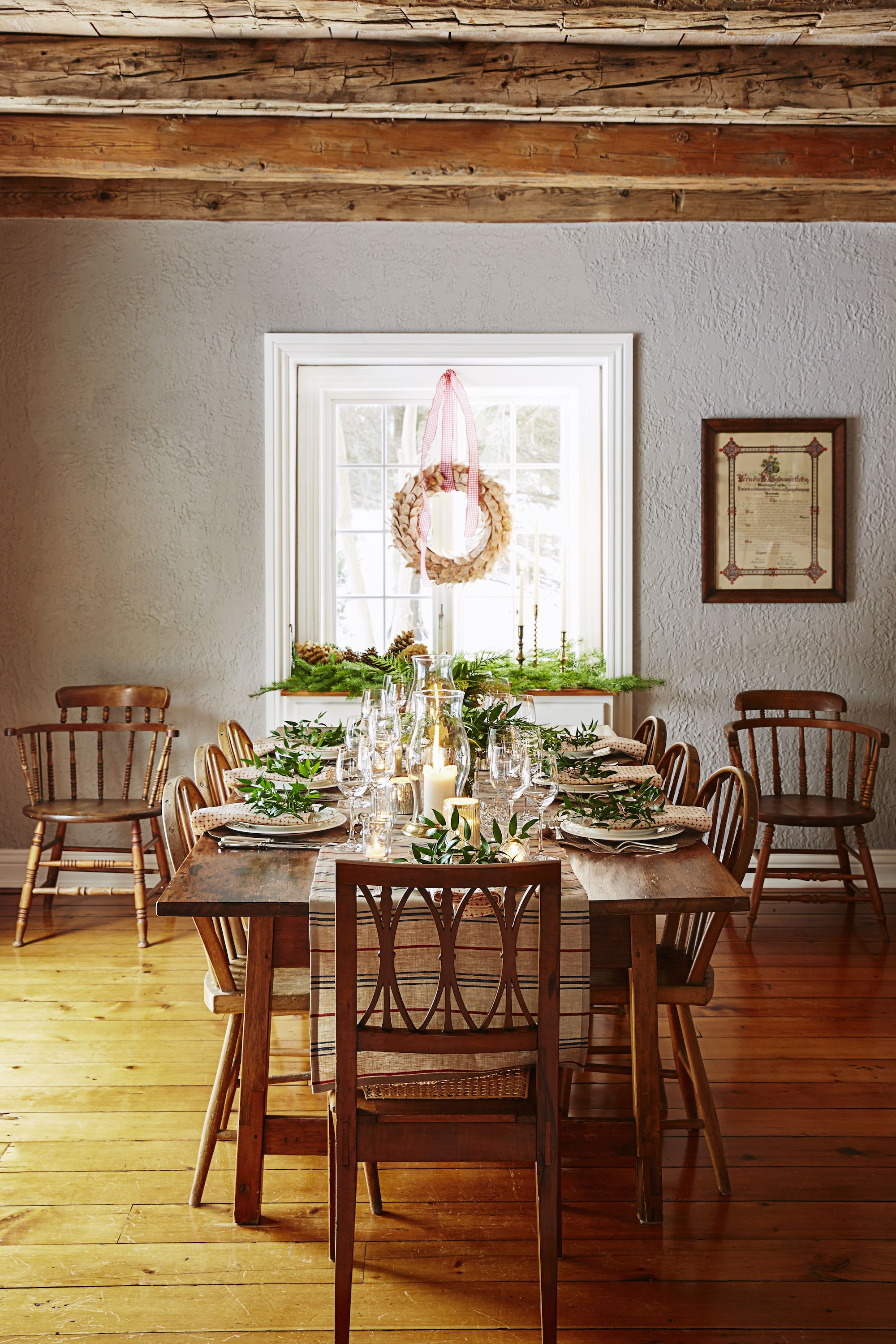 rustic christmas table decorations : dining-room-table-christmas-decorations - designwebi.com